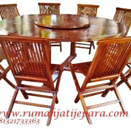 Round Table 180